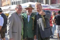 Bernhard Klier, Karl-Heinz Knoll, Andreas Steinfatt ( von li. nach re.), Münchner Brauertag am Odeonsplatz in München am 29.6.2019
